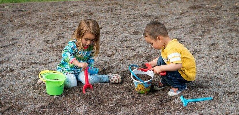 Roditelji, obratite pažnju! Evo odgovora koliko igranje u prirodi pozitivno utiče na imunitet vašeg deteta