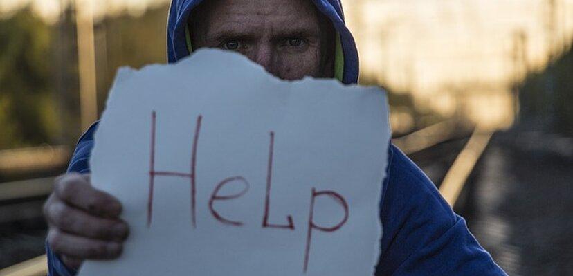 Naučna studija: KORONA je uticala na alarmantan porast usamljenosti kod mladih