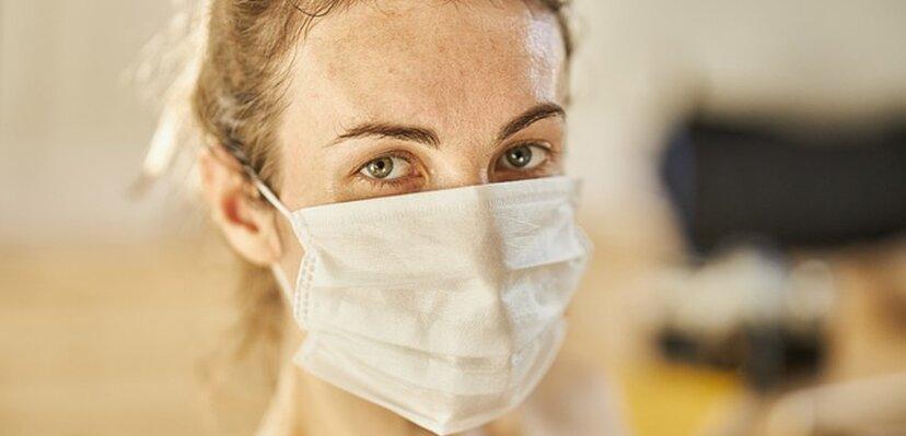 Korona presek: Broj umrlih u Srbiji, prema zvaničnim podacima, premašio 600. U svetu skoro 18 i po miliona zaraženih