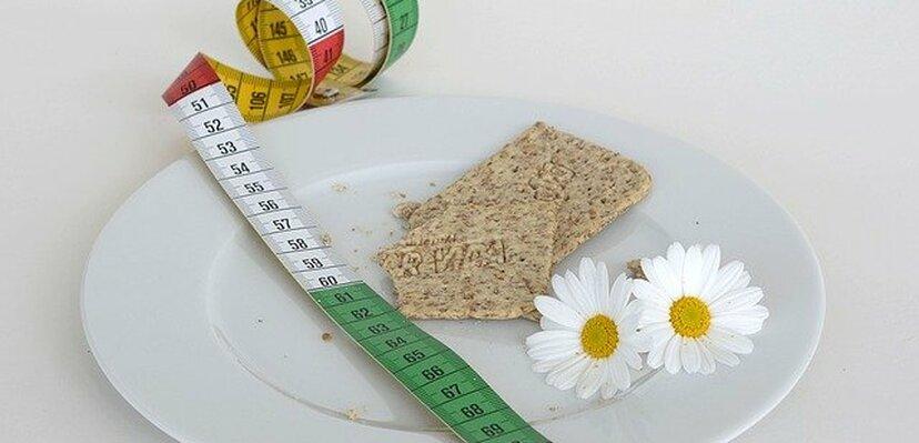DIJETA: Smanjen unos kalorija može izazvati ovih 5 potencijalno štetnih efekata na vaše zdravlje