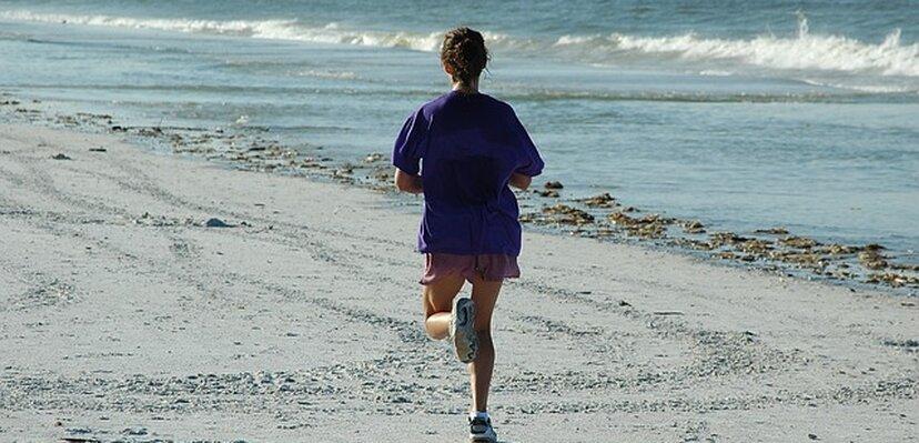 VODIČ: Kako da se pripremite za trening na plaži?